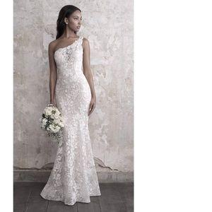 Kirmes & Schneider Beach Couture Boho Wedding Gown